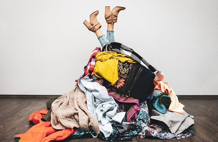 Veľká organizácia šatníka a udržateľná móda